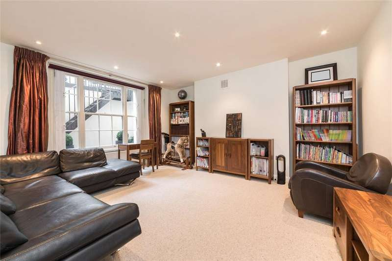 2 Bedrooms Flat for sale in Queens Gardens, Lancaster Gate, London