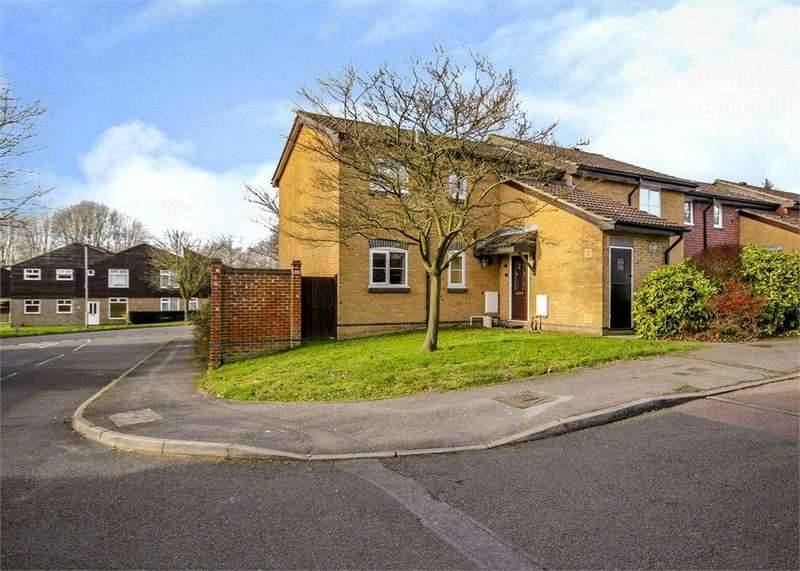 1 Bedroom Apartment Flat for sale in Aldworth Close, Bracknell, Berkshire, RG12