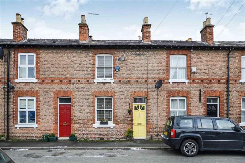 2 Bedrooms Terraced House for sale in Eaton Road, Bowdon, Cheshire, WA14