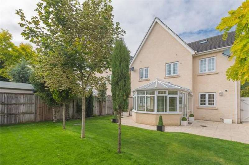 6 Bedrooms Detached House for sale in Turnpike Road, Red Lodge, Bury St. Edmunds