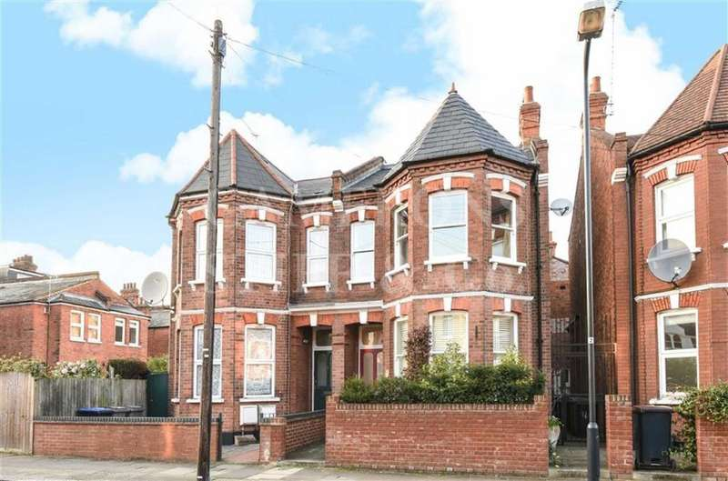 5 Bedrooms Terraced House for sale in Acland Road, Willesden, London, NW2