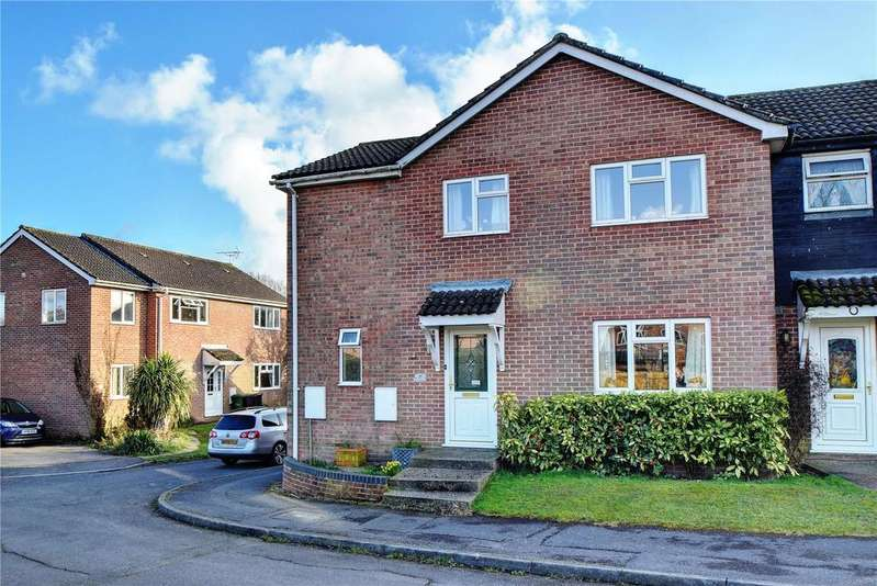4 Bedrooms Semi Detached House for sale in Larcombe Road, Petersfield, Hampshire