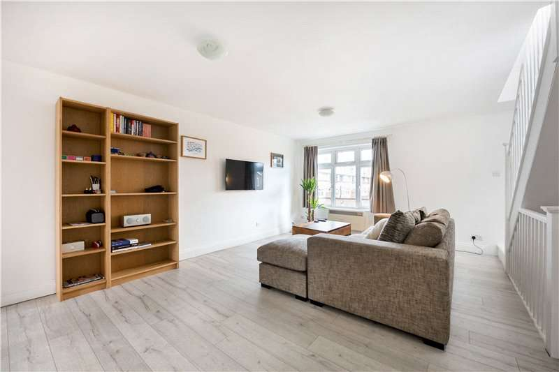 2 Bedrooms Flat for sale in Fleming Road, Walworth, London, SE17