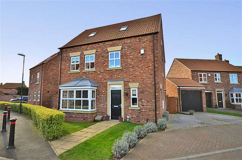4 Bedrooms Property for sale in Station Rise, Riccall, York, YO19