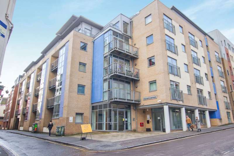2 Bedrooms Flat for sale in Kings Quarter Apartments, King Square Avenue, Bristol, BS2 8HP
