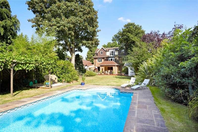 6 Bedrooms Detached House for sale in Westcar Lane, Hersham, Walton-on-Thames, Surrey, KT12