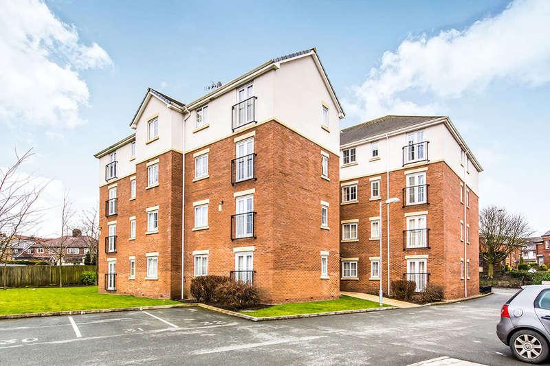 2 Bedrooms Flat for sale in Langworthy Road, Salford, M6