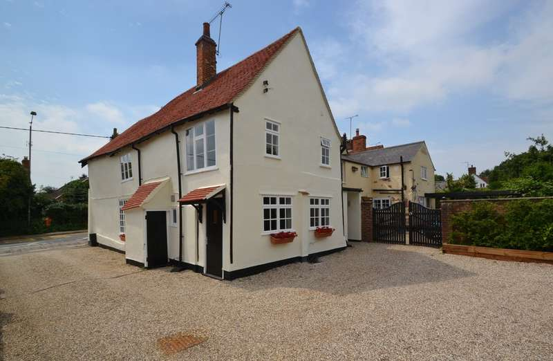 4 Bedrooms Semi Detached House for sale in The Street, Takeley