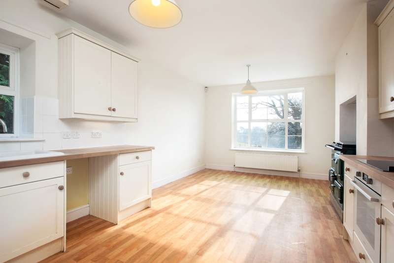 4 Bedrooms House for rent in Wincombe Park Shaftesbury SP7