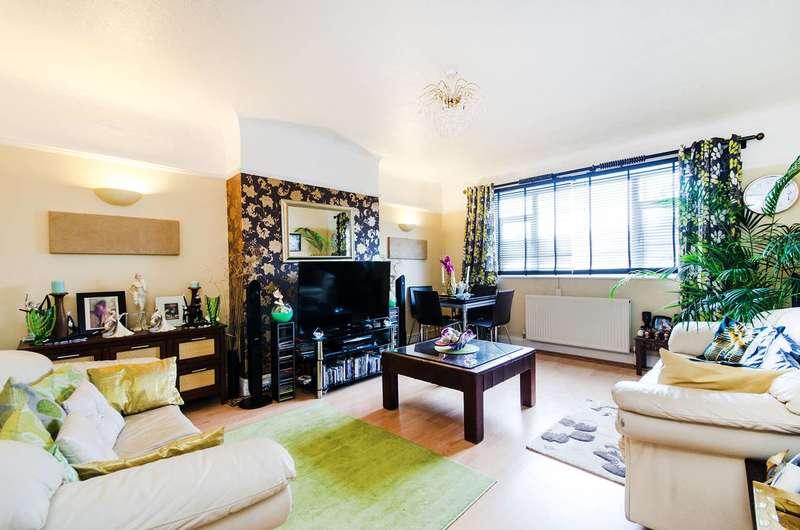 2 Bedrooms Maisonette Flat for sale in Harrow Road, North Wembley, HA0