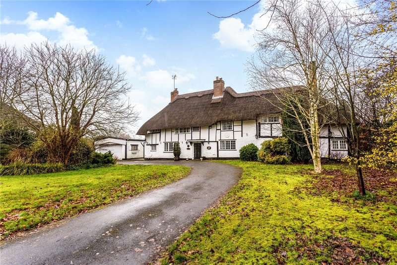 4 Bedrooms Detached House for sale in Brook End, Weston Turville, Aylesbury, Buckinghamshire, HP22