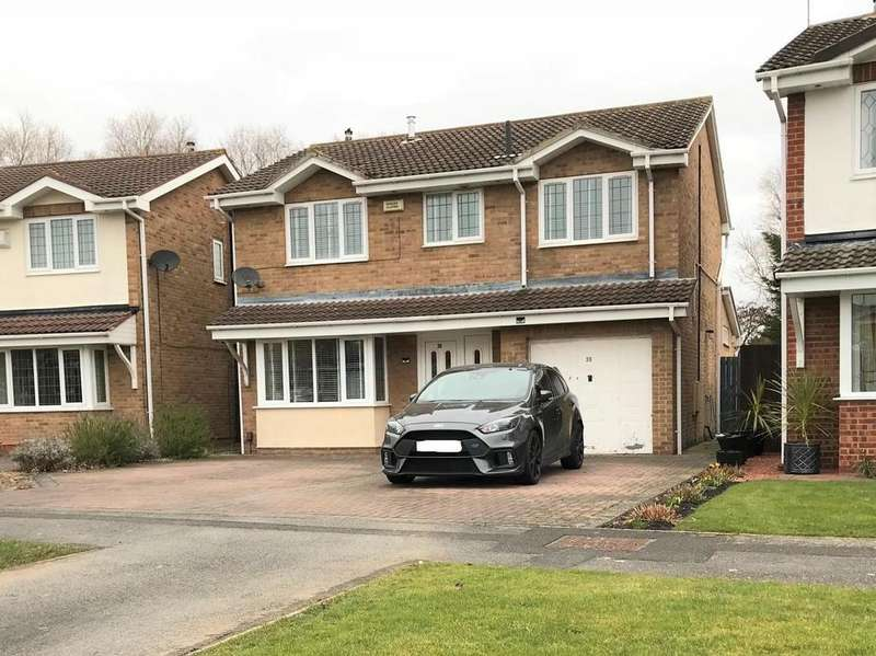 4 Bedrooms Detached House for sale in Nunnington Close, Ingleby Barwick, Stockton-On-Tees