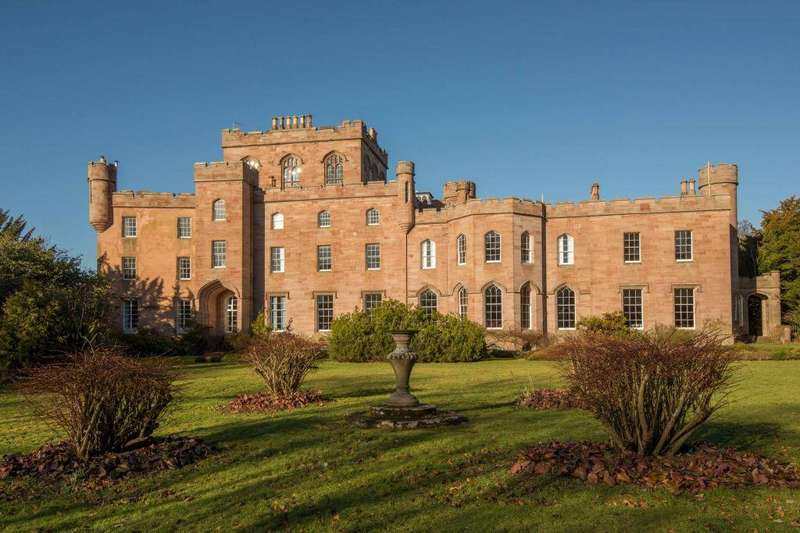 3 Bedrooms Ground Flat for sale in Wester Saltoun, Saltoun Hall, Pencaitland, East Lothian, EH34 5DS