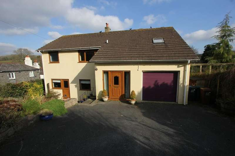 4 Bedrooms Detached House for sale in Village Road, Marldon