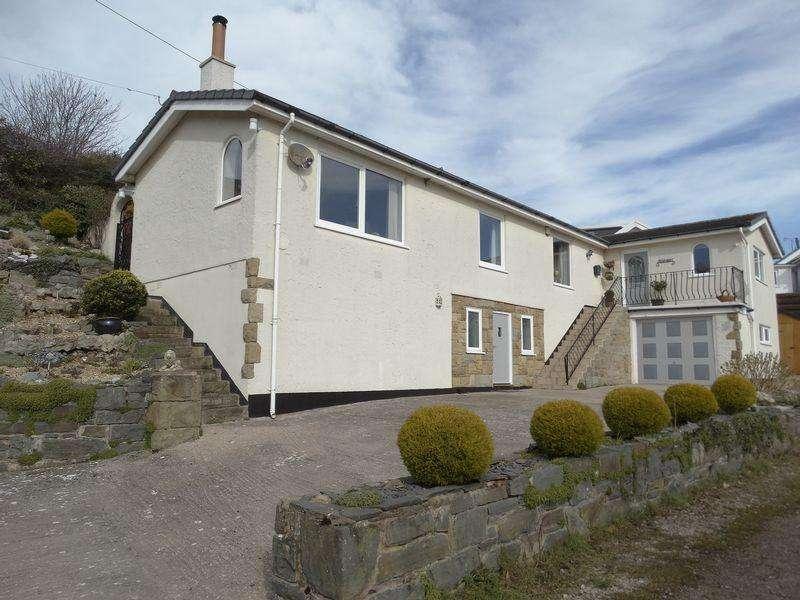 3 Bedrooms Bungalow for sale in Penrhyn Old Road, Llandudno