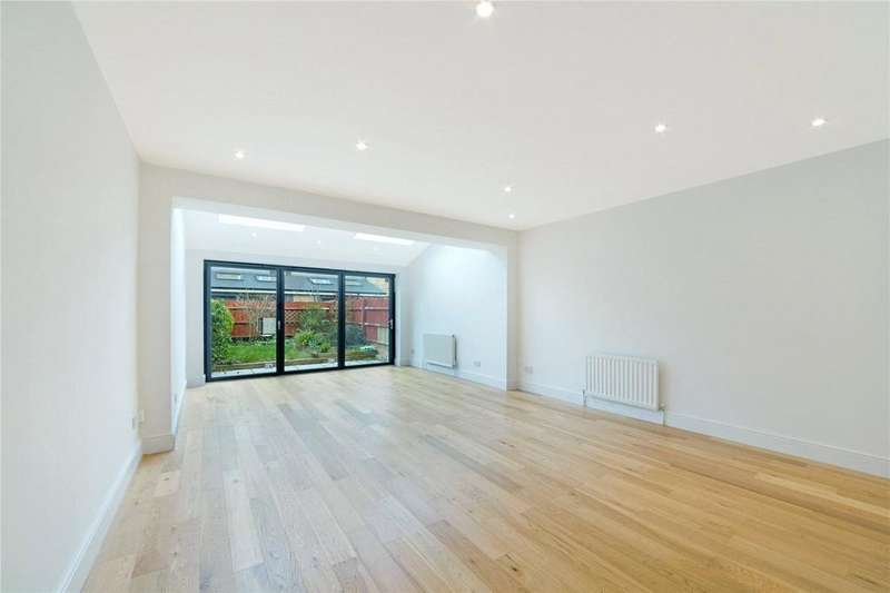 3 Bedrooms Terraced House for sale in Magellan Place, London, E14