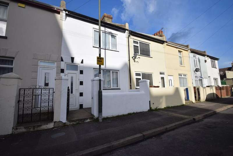 3 Bedrooms Terraced House for sale in Glencoe Road, Chatham, ME4
