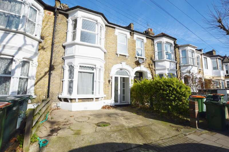 3 Bedrooms Terraced House for sale in Terrace Road, Plaistow, London, E13 0PP