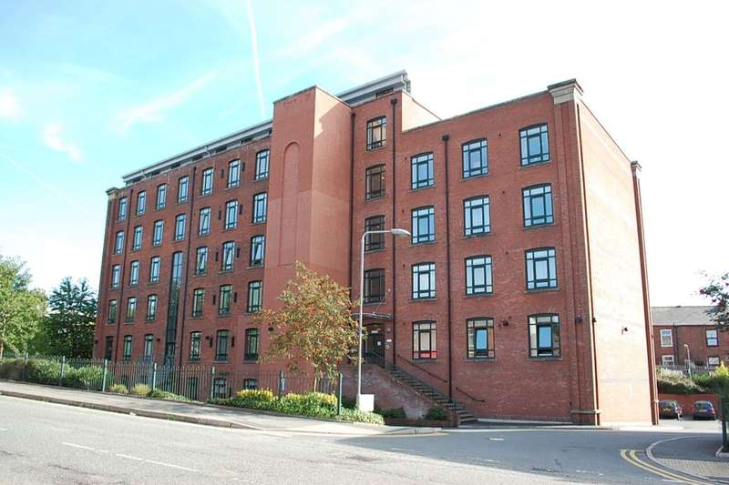 2 Bedrooms Flat for sale in Mossley Road, Ashton-Under-Lyne, OL6