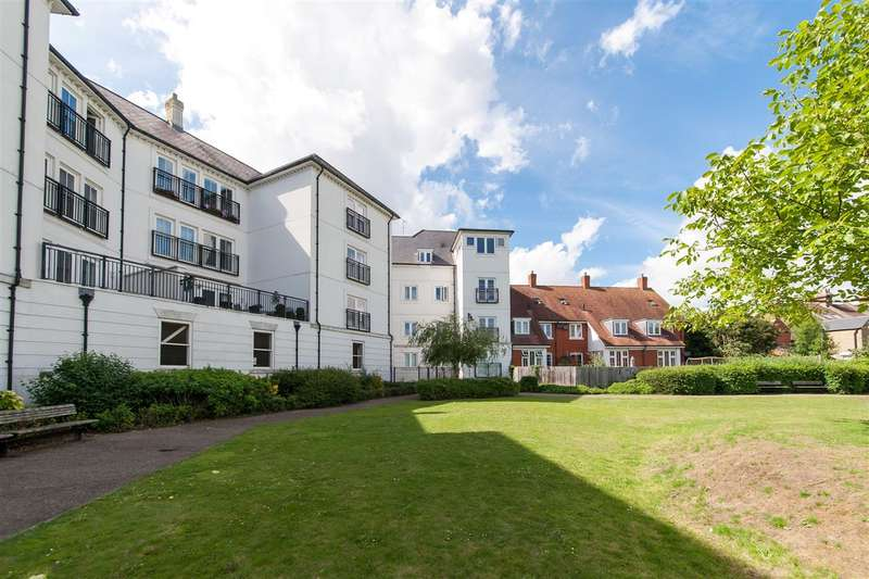3 Bedrooms Apartment Flat for sale in Old Watling Street, Canterbury