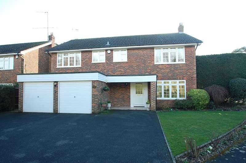 4 Bedrooms Detached House for sale in Penshurst Close, Chalfont St Peter, SL9
