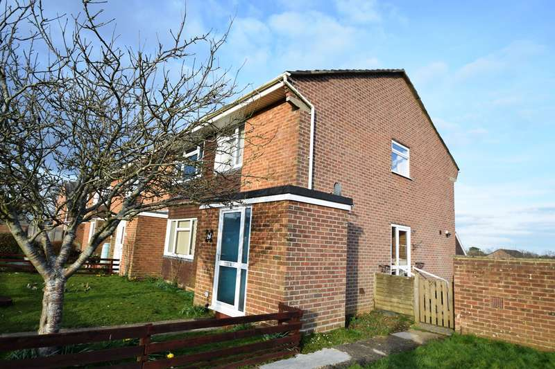 2 Bedrooms Flat for rent in Lytchett Matravers