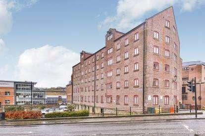 2 Bedrooms Flat for sale in Milk Market, Newcastle Upon Tyne, Tyne and Wear, 2 Milk Market, NE1
