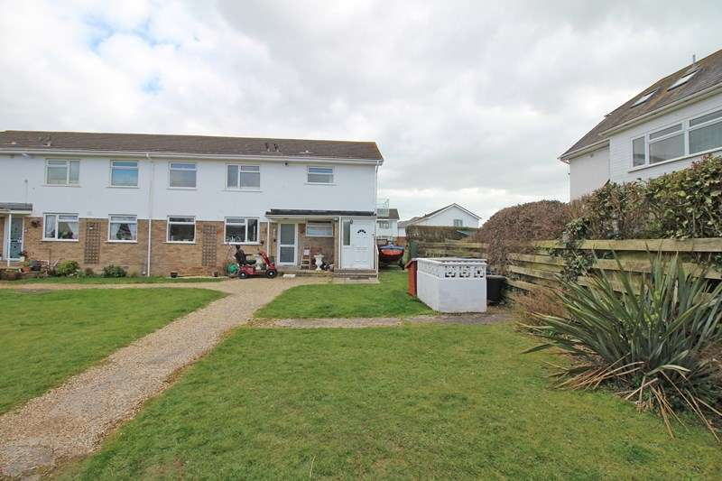 2 Bedrooms Flat for sale in Westover Road, Milford On Sea, Lymington