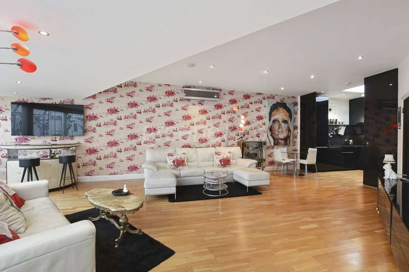 2 Bedrooms House for sale in Whiskin Street, Clerkenwell, London, EC1R