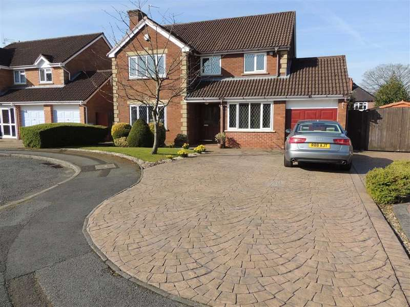 4 Bedrooms Detached House for sale in Wynchgate Road, Hazel Grove, Stockport