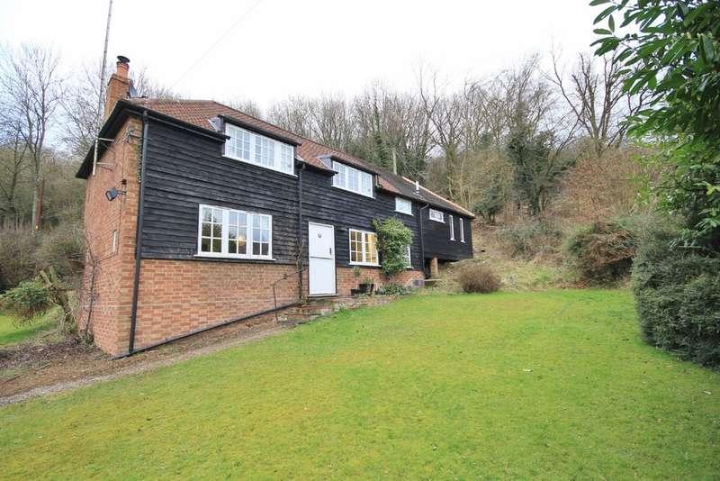 3 Bedrooms Cottage House for rent in Speen   Buckinghamshire