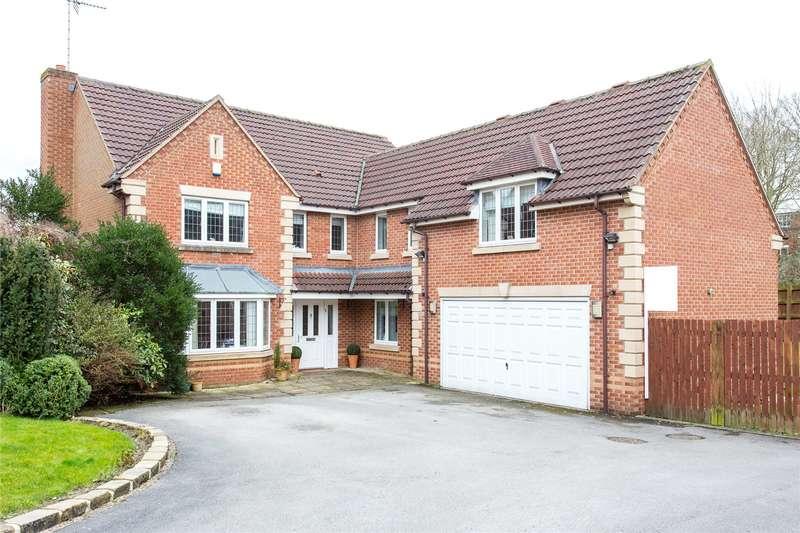 5 Bedrooms Detached House for sale in Stoneleigh Garth, Moortown, Leeds, West Yorkshire, LS17