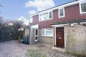 1 Bedroom Property for sale in Homefield Road, Walton-On-Thames