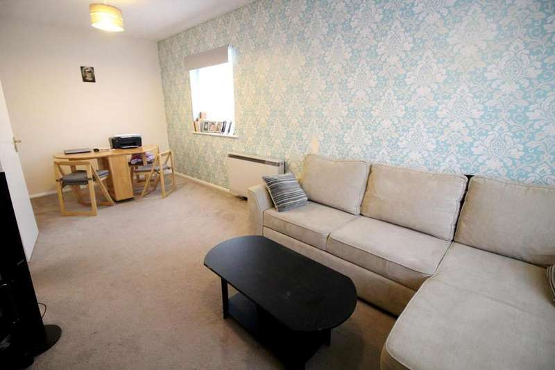 2 Bedrooms Apartment Flat for sale in Flanders Field, Colchester, Essex, CO2