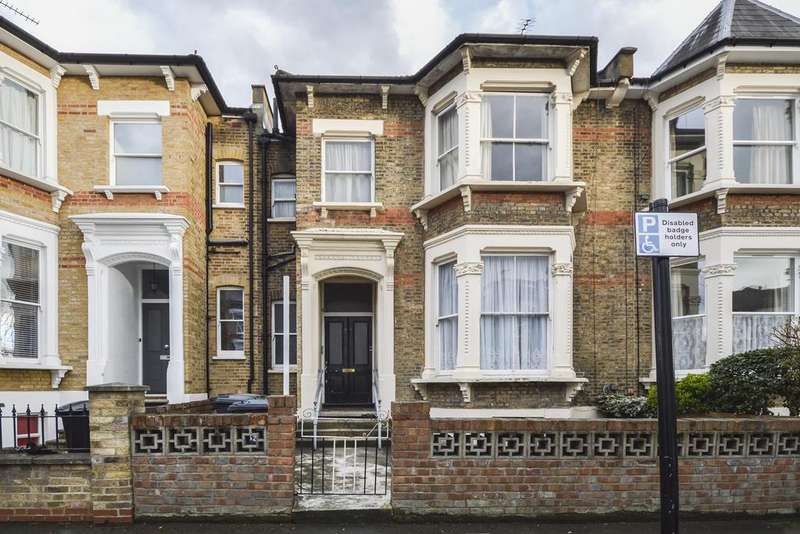 4 Bedrooms Terraced House for sale in Osbaldeston Road, London, N16
