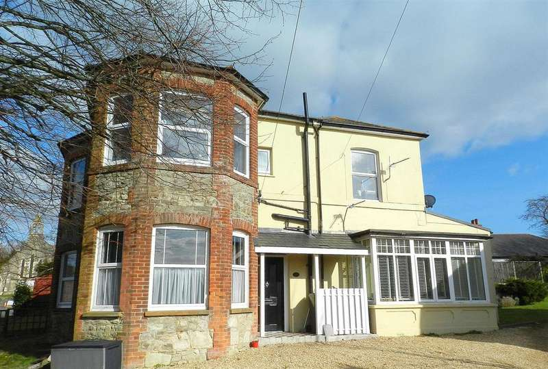 2 Bedrooms Flat for sale in Alexandra Road, Ryde