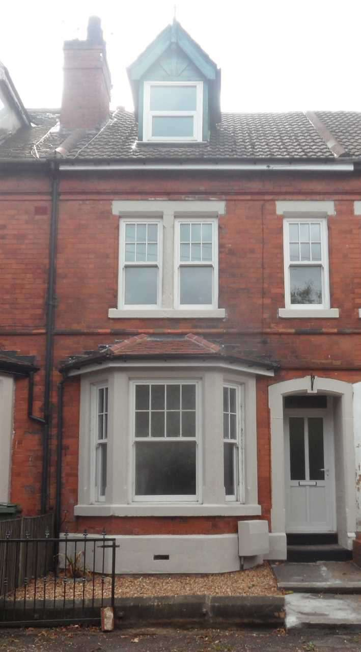 4 Bedrooms Terraced House for sale in Tennyson Street - Mansfield, Mansfield