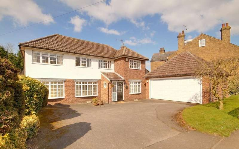 4 Bedrooms Detached House for sale in Cappell Lane, Stanstead Abbotts