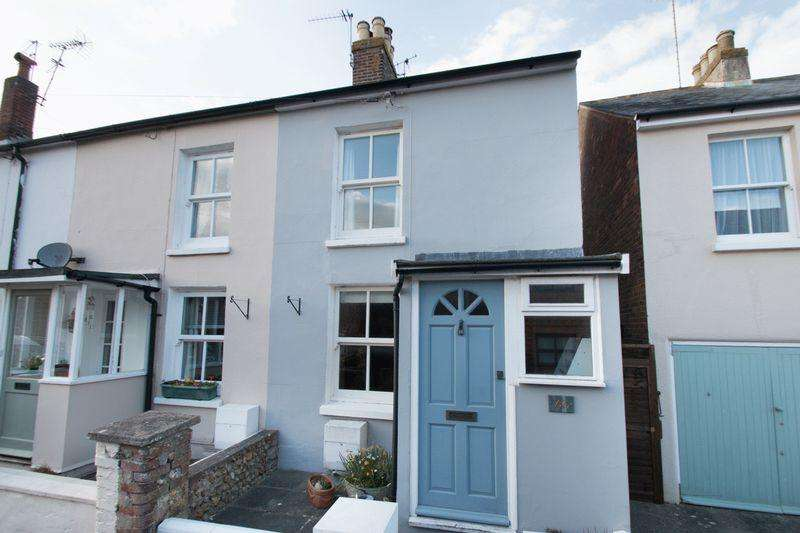2 Bedrooms Terraced House for sale in Victoria Road, Chichester