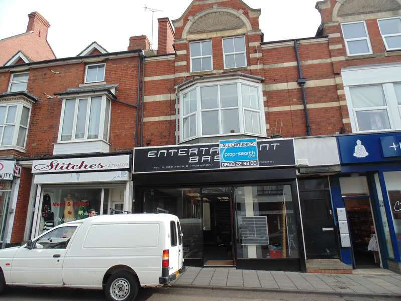 2 Bedrooms Flat for rent in High Street