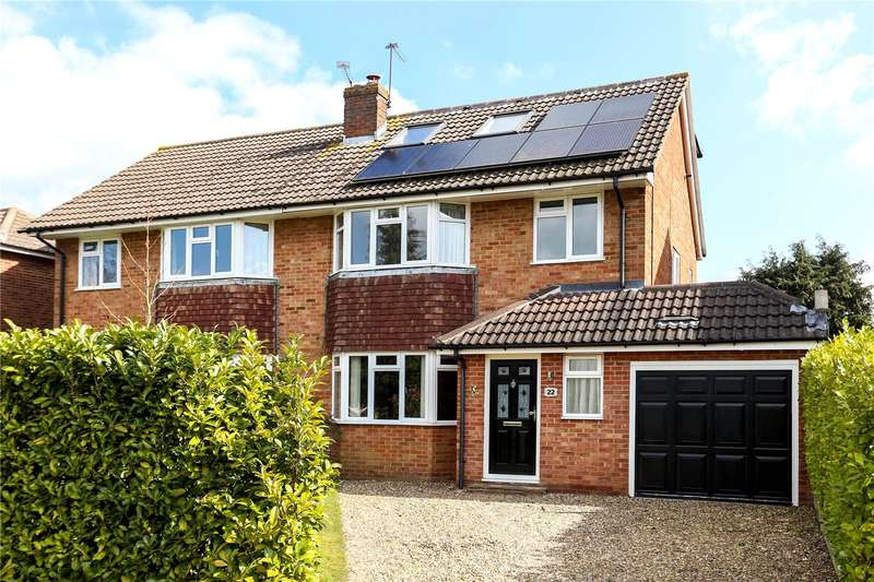 4 Bedrooms Semi Detached House for sale in Orchard Close, Normandy, Guildford, Surrey, GU3