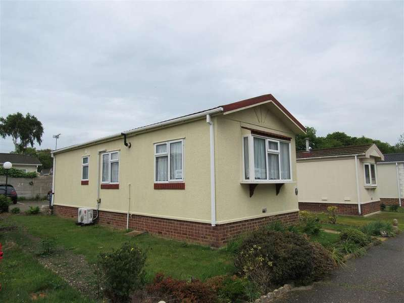 1 Bedroom Mobile Home for sale in Shalloak Road, Broad Oak, Canterbury