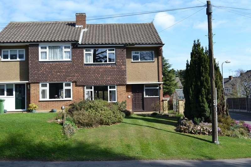 3 Bedrooms Semi Detached House for sale in Bell Lane, Broxbourne EN10