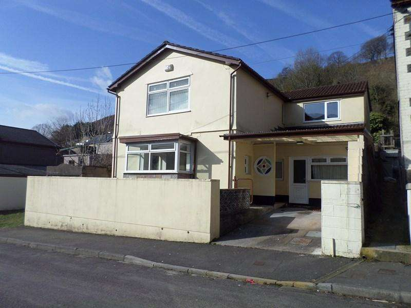 4 Bedrooms Detached House for sale in Graig Road, Ynyshir, Porth