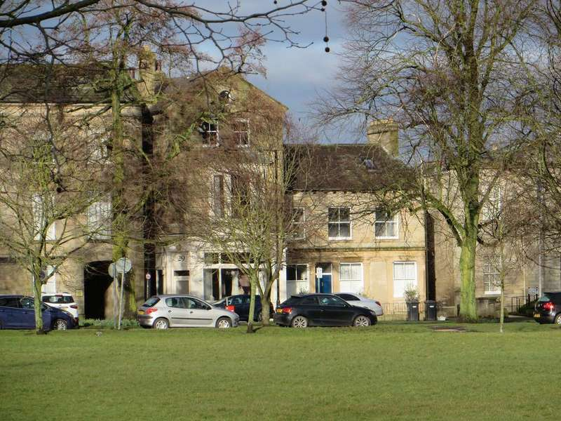 2 Bedrooms Apartment Flat for sale in 29 Park Parade, Harrogate HG1