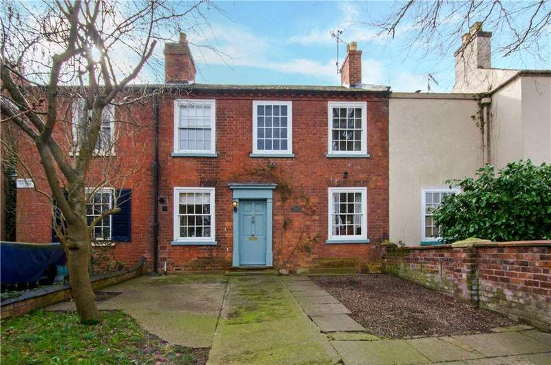 3 Bedrooms Terraced House for sale in Bransford Road, Worcester, Worcestershire, WR2
