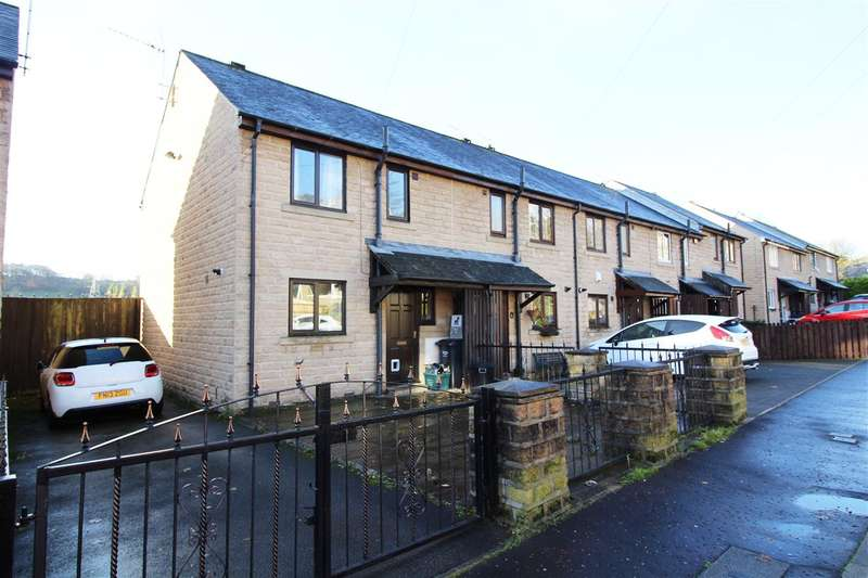 3 Bedrooms Town House for sale in Industrial Road, Sowerby Bridge