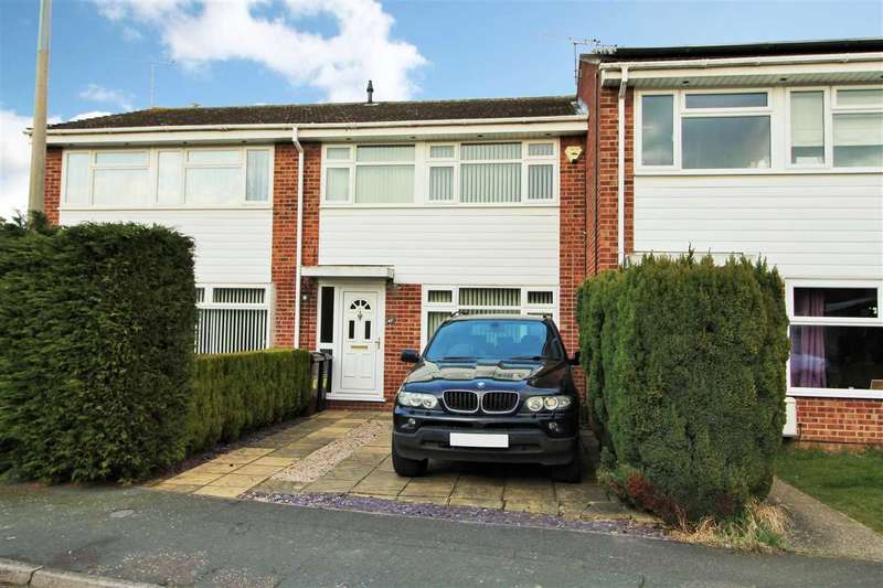 3 Bedrooms Terraced House for sale in Adelaide Drive, Colchester
