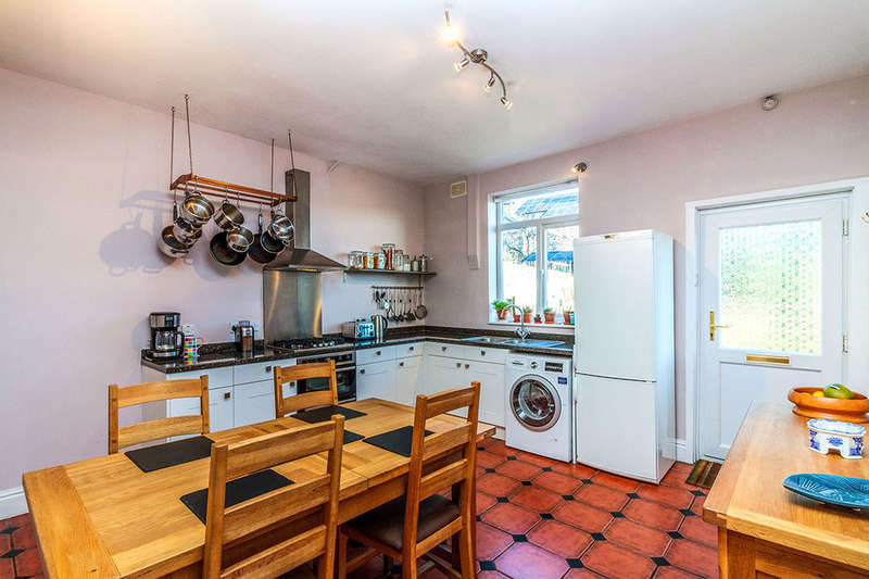 3 Bedrooms Terraced House for sale in Oakland Road, Sheffield, S6