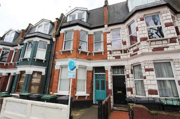 6 Bedrooms Terraced House for rent in Hampden Road, Hornsey, N8